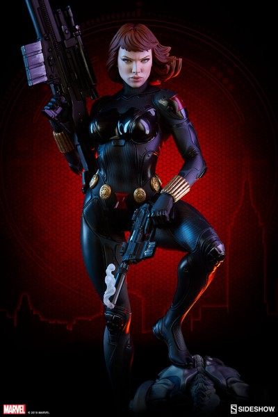 Sideshow Collectibles - Black Widow - Comic Version - Premium Format Statue
