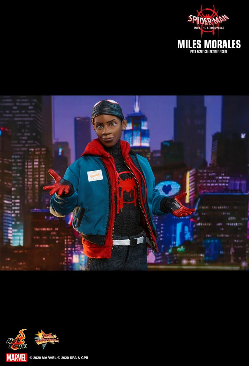 Hot Toys - Miles Morales - Spiderman - Spiderman Into the Spider Verse