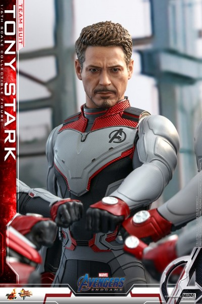 Hot Toys - Tony Stark - Team Suit - Avengers: Endgame