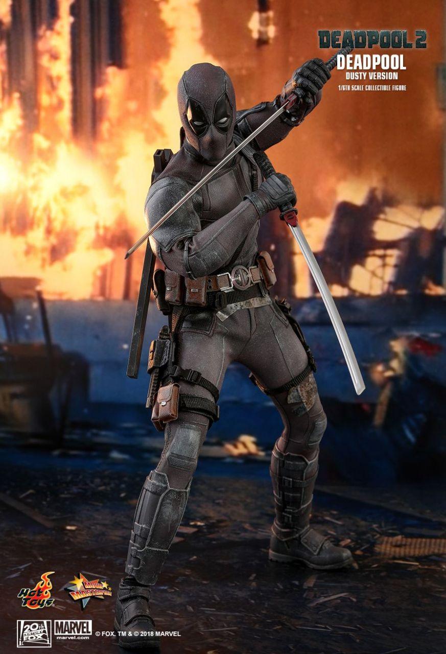 Hot Toys - Deadpool Dusty Version - Deadpool 2