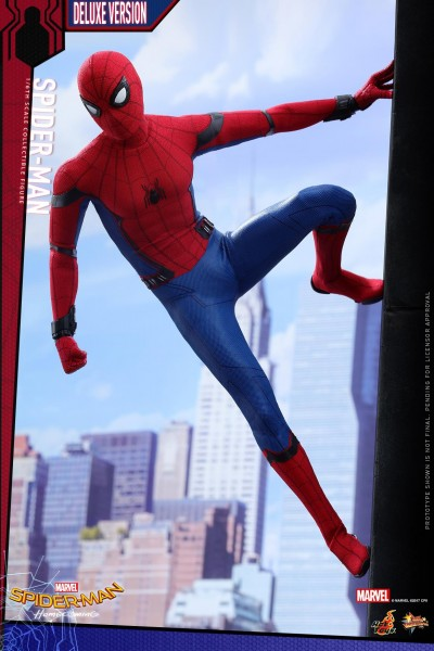 Hot Toys - Spiderman - Deluxe Version - Spiderman Homecoming