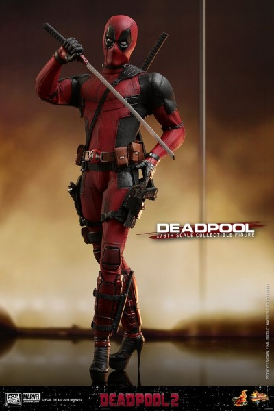 Hot Toys - Deadpool - Deadpool 2 - Showroom Sample