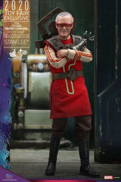 Hot Toys - Stan Lee - Toyfair Exclusiv 2020 - Thor Ragnarok