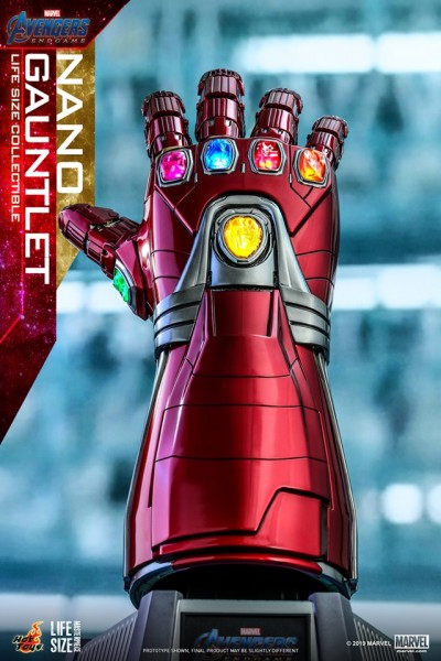 Hot Toys - Nano Gauntlet - Life Size Collectible - Avengers: Endgame